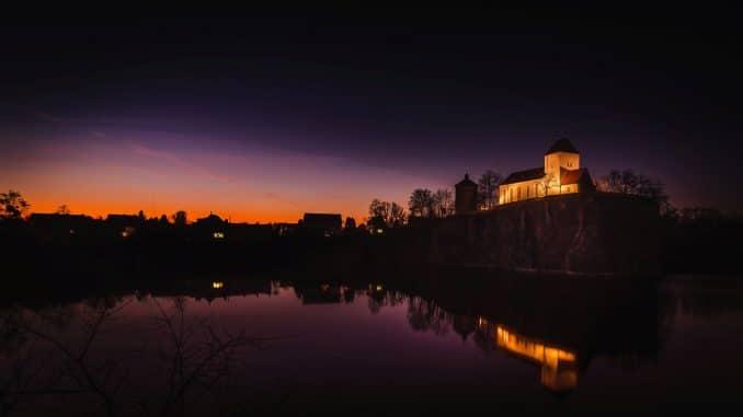 Bergkirche Beucha - Nachtaufnahme mit Langzeitbelichtung