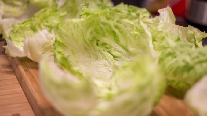 Inside Out Burger - Salat